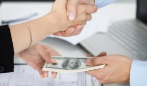 Top Tips to Help Manage Your Personal Loan Payments