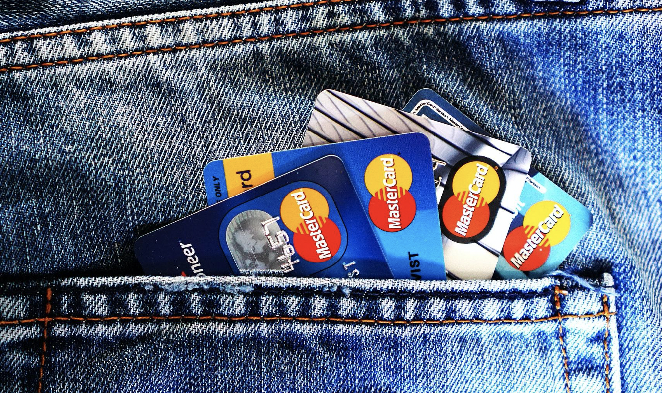 Does Having Many Credit Cards Hurt Your Credit Score?