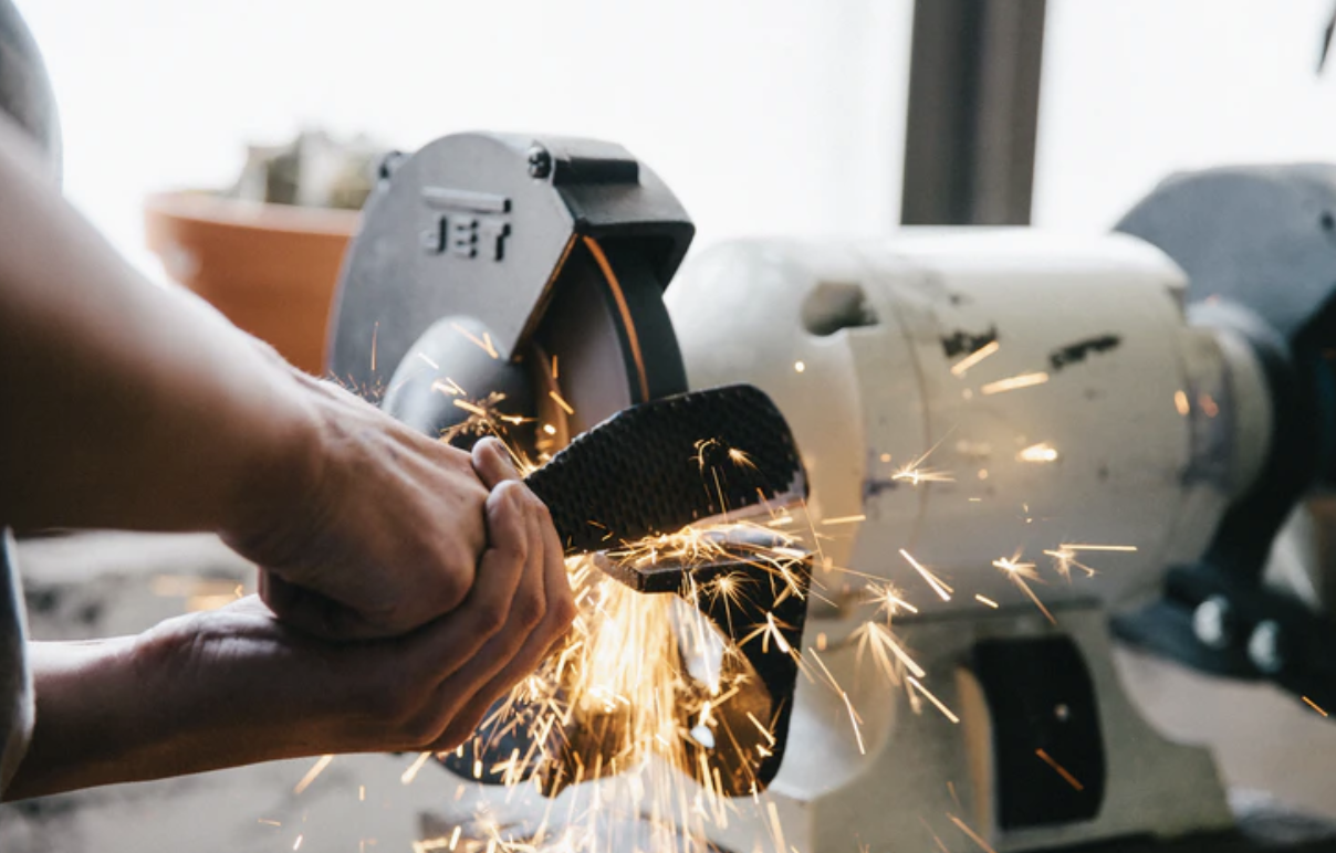 How to Save Money by Buying Second-hand Machinery for Your Business